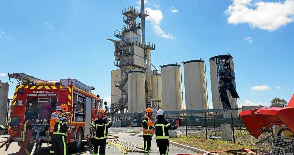 À Mantallot, gros déploiement de secours pour un feu de silo chez Trégor Enrobés [Vidéo]